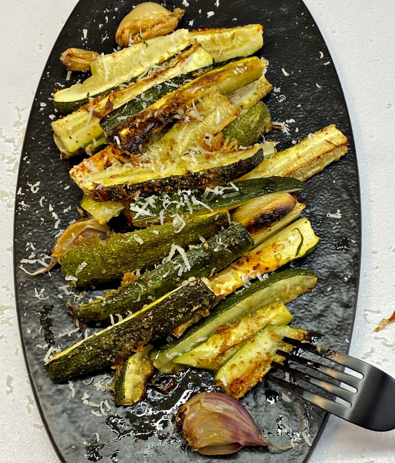 Roasted zucchini with garlic and parmesan