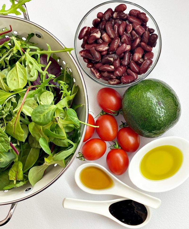 Black bean salad ingredients