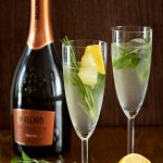 Sparkling mint lemonade with Prosecco